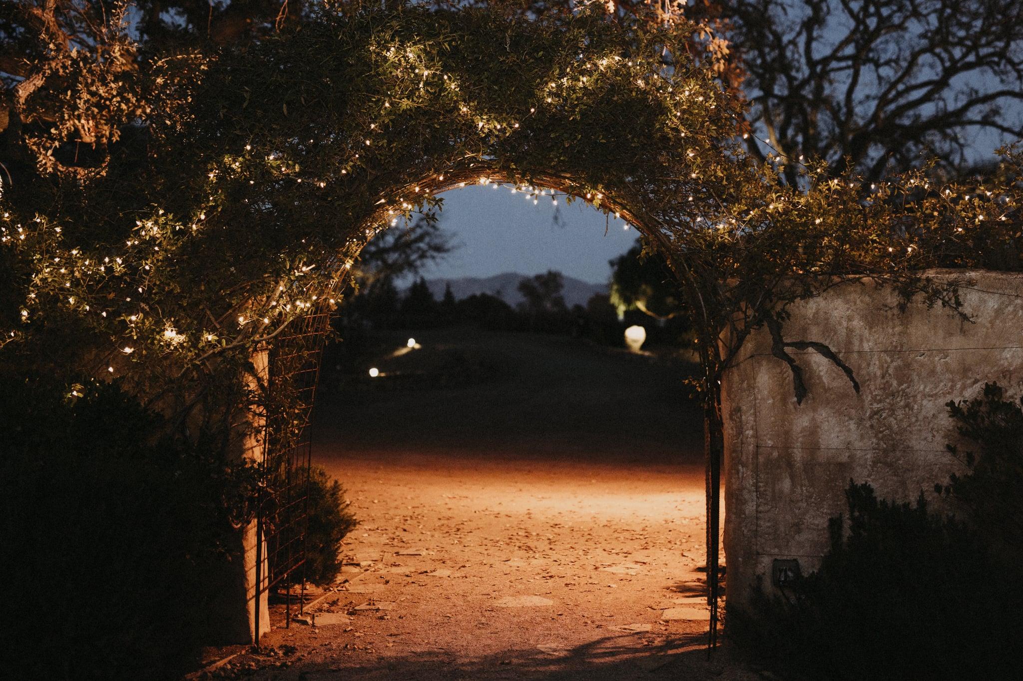 Sunstone-Vineyards-Winery-Wedding