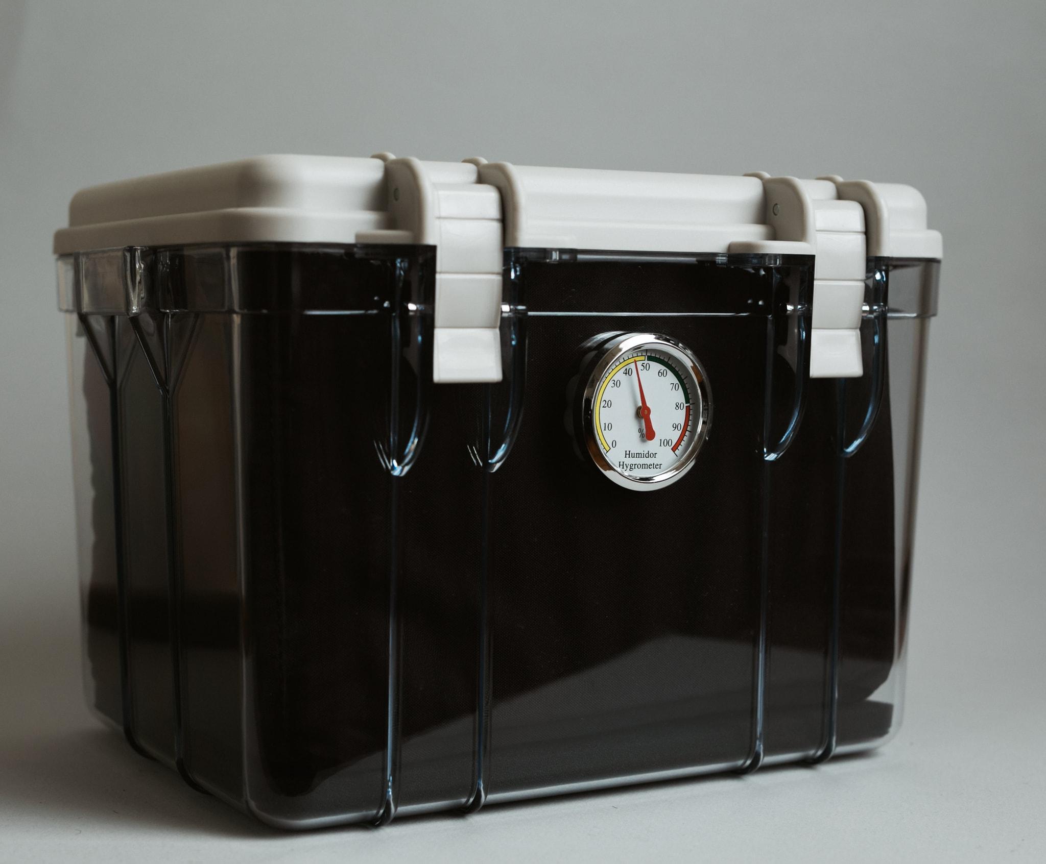 Patu-Dry-Box-3.jpg