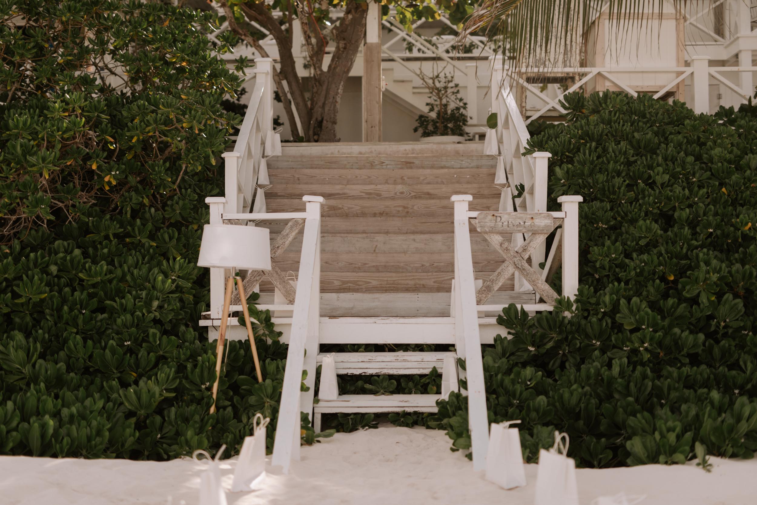 Harbour-Island-Ocean-View-Club-Wedding-Photographer_43.jpg