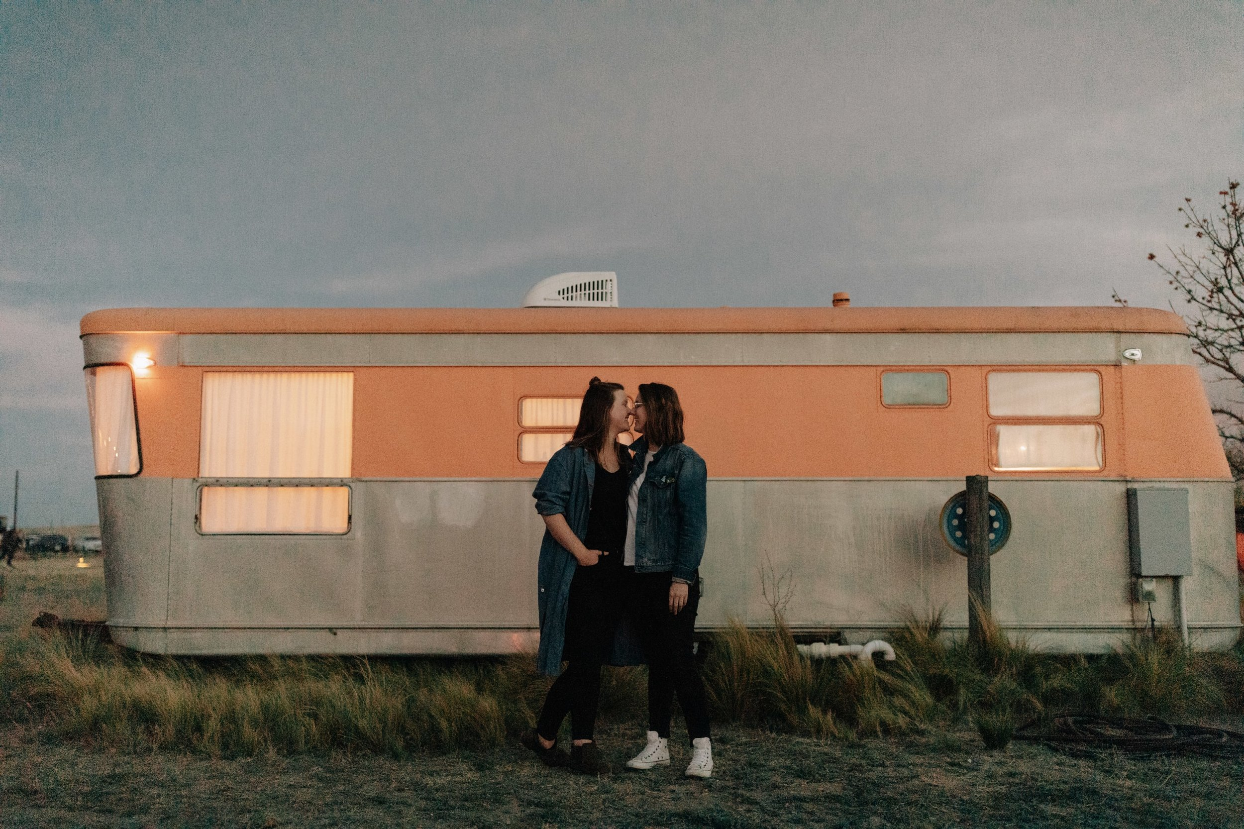 Marfa-TX-Engagement-Photo-Shoot_16.jpg