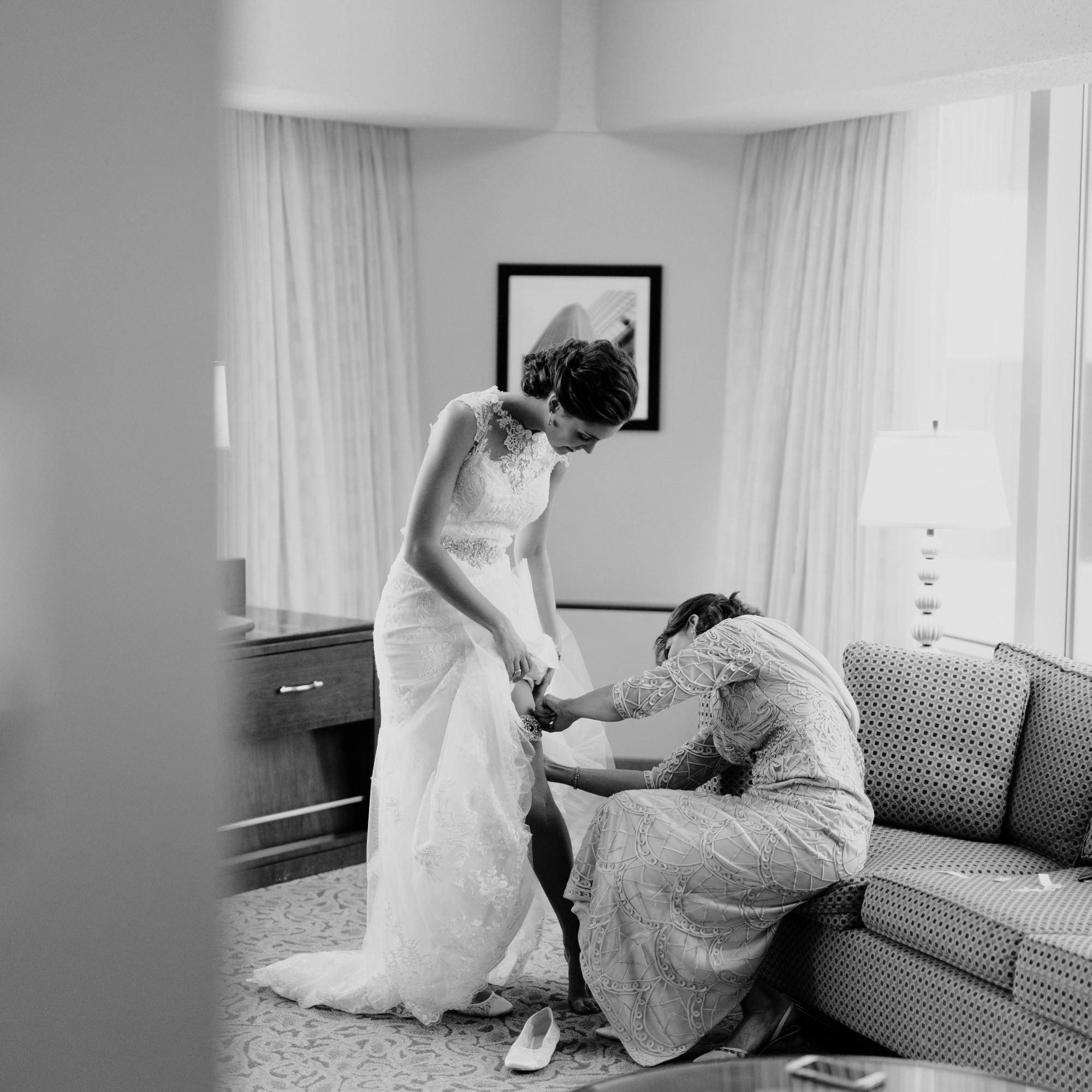 Nicollet-Island-Pavilion-Winter-Wedding-Minneapolis_10.jpg