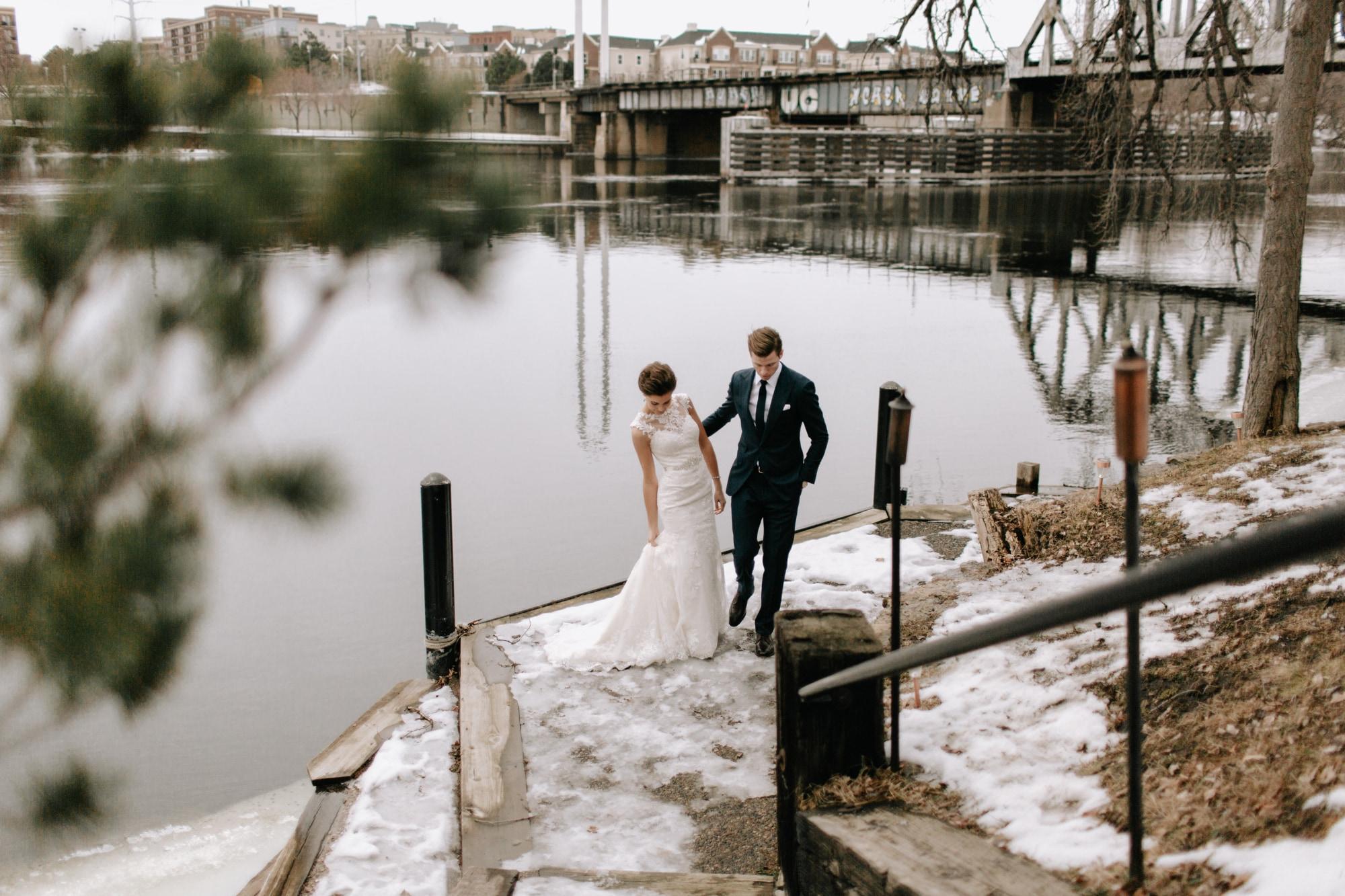 Nicollet-Island-Pavilion-Winter-Wedding-Minneapolis_24.jpg