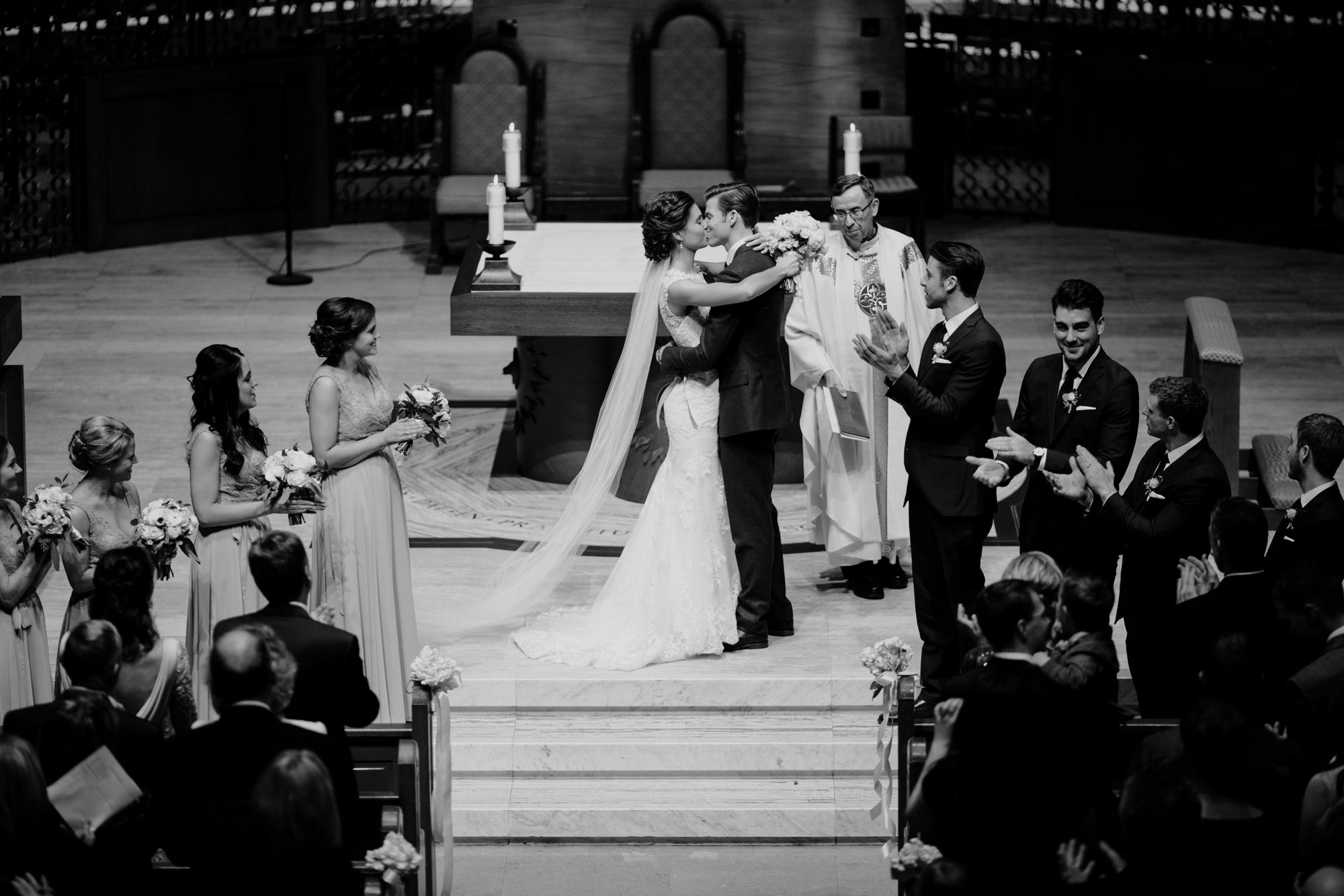 Nicollet-Island-Pavilion-Winter-Wedding-Minneapolis_36.jpg