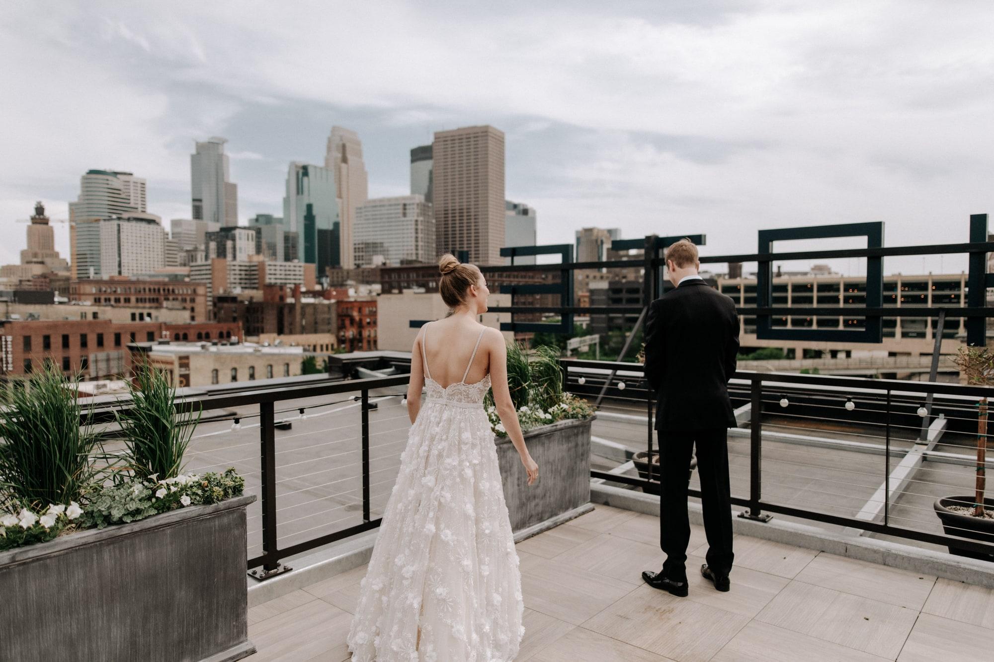 MIA-Minneapolis-Institute-Art-Summer-Wedding-_10.jpg