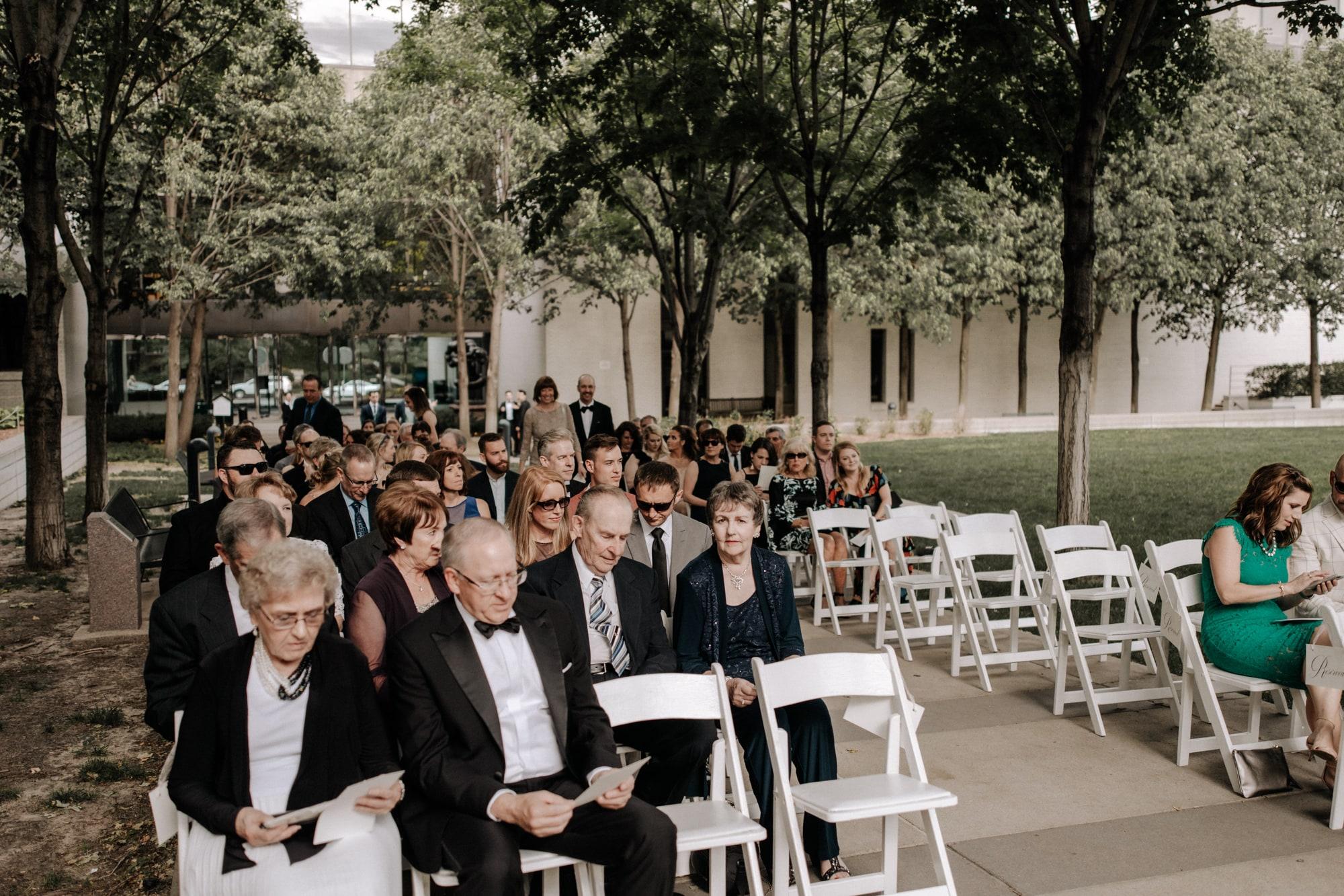MIA-Minneapolis-Institute-Art-Summer-Wedding-_25.jpg