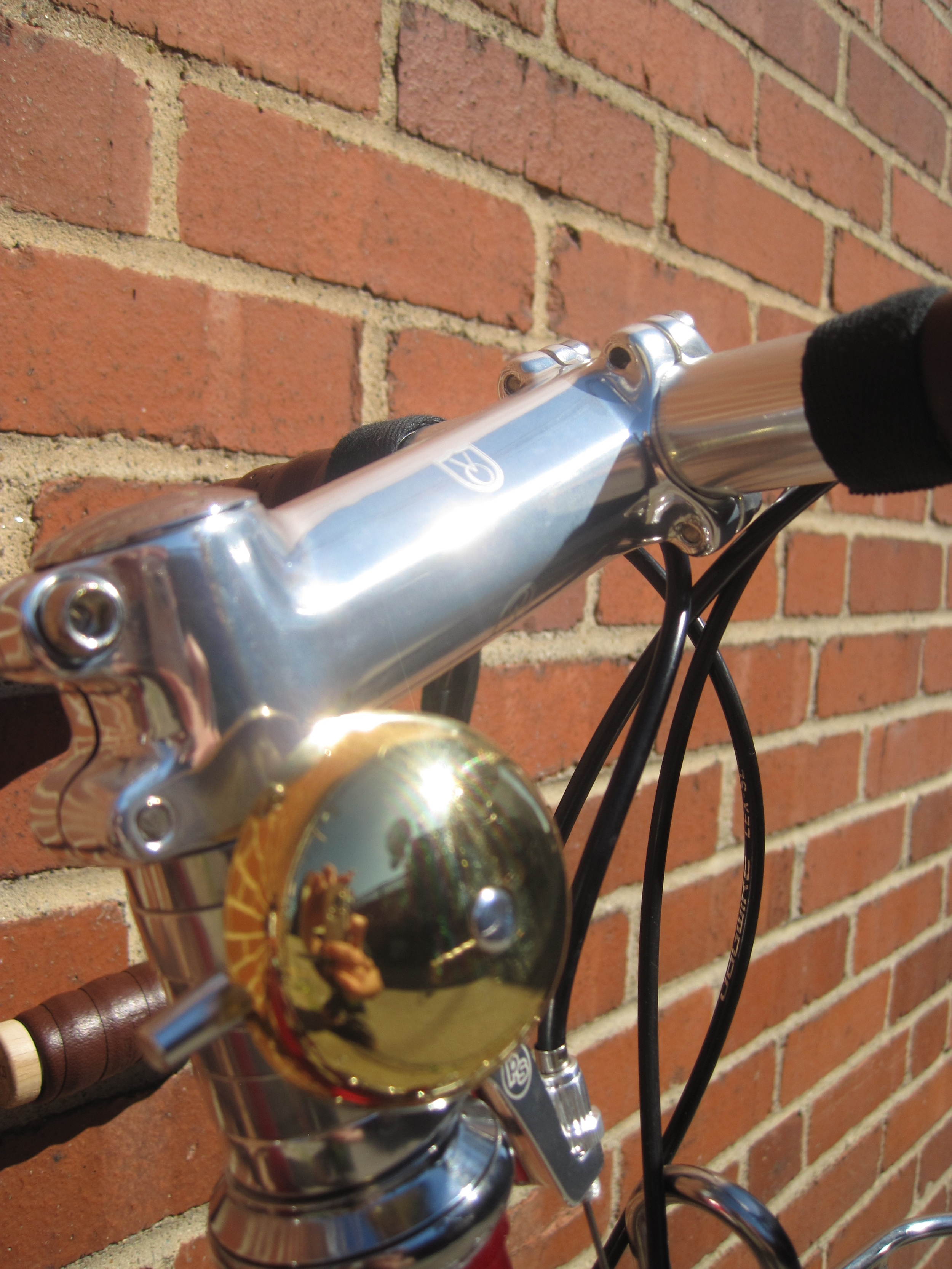 Slick space mounted VO Temple Bell.  This bell retails for $10 and sounds great.  It comes with a bar mount and the stem spacer mount is a $5 add on.
