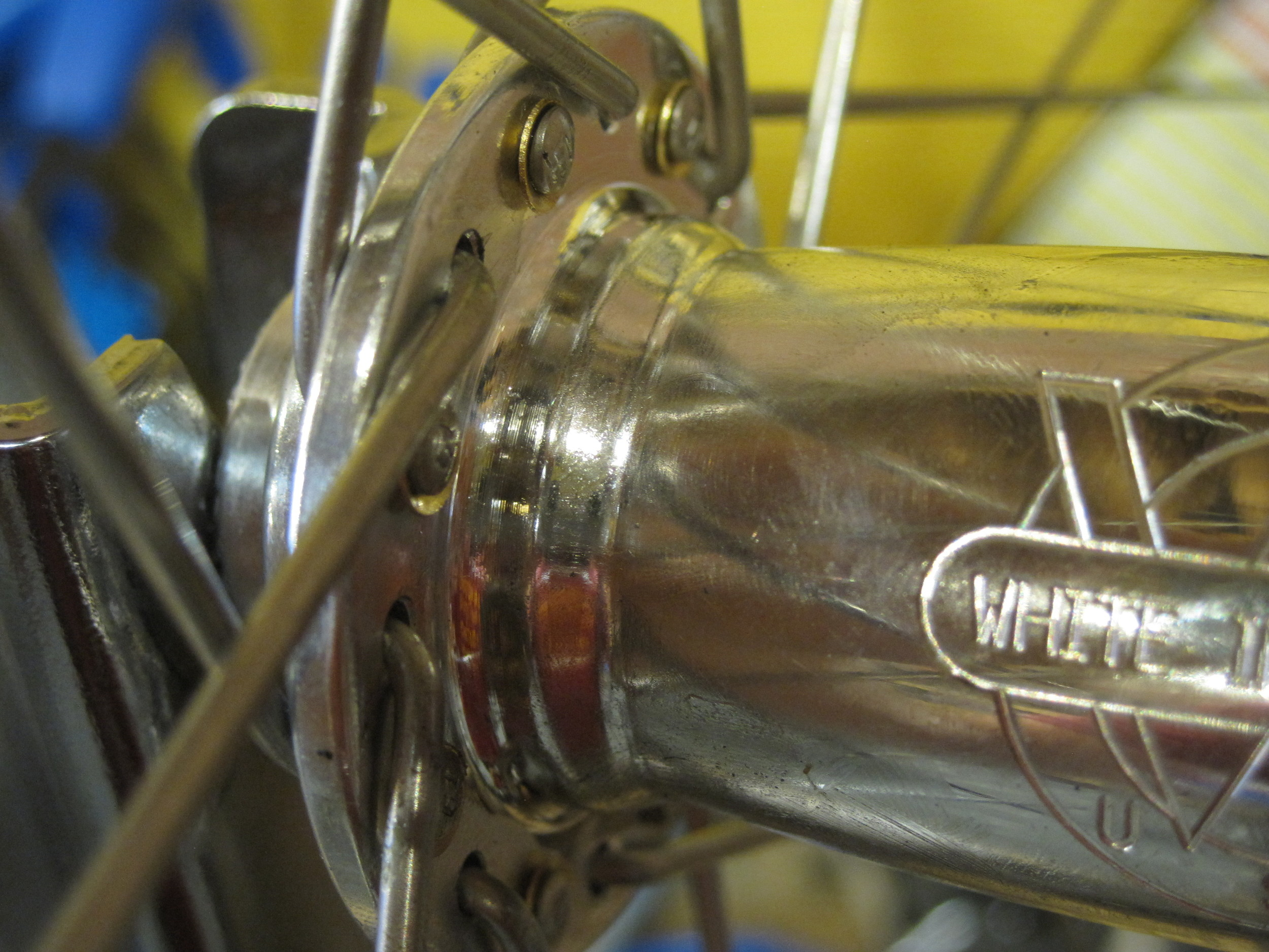 Notice the flat drilling for the spoke head.