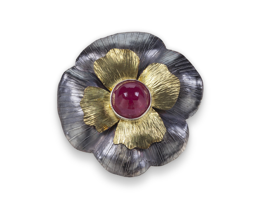 Flower Pin with Red Cab.jpg