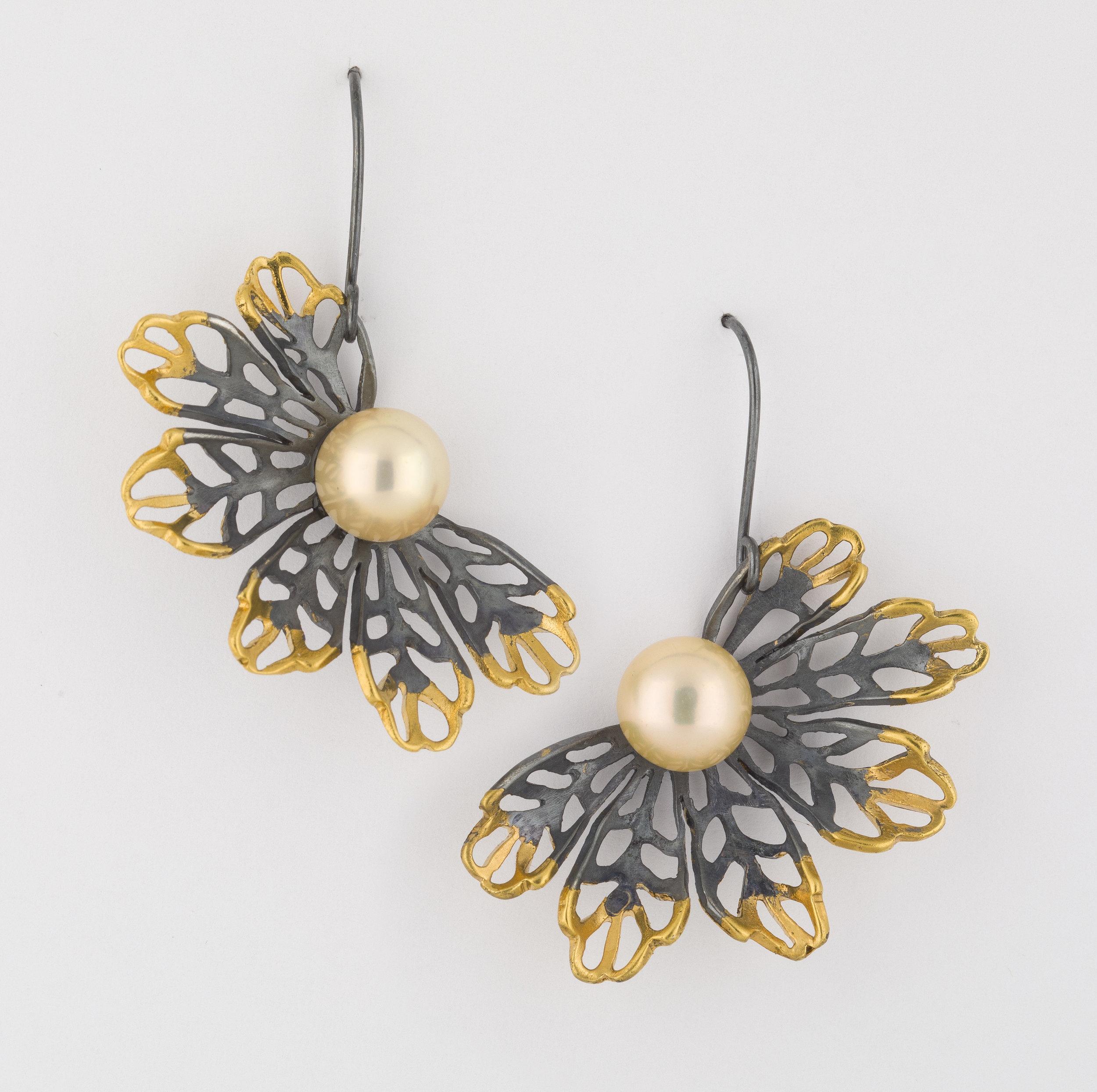 Earrings 4.jpg