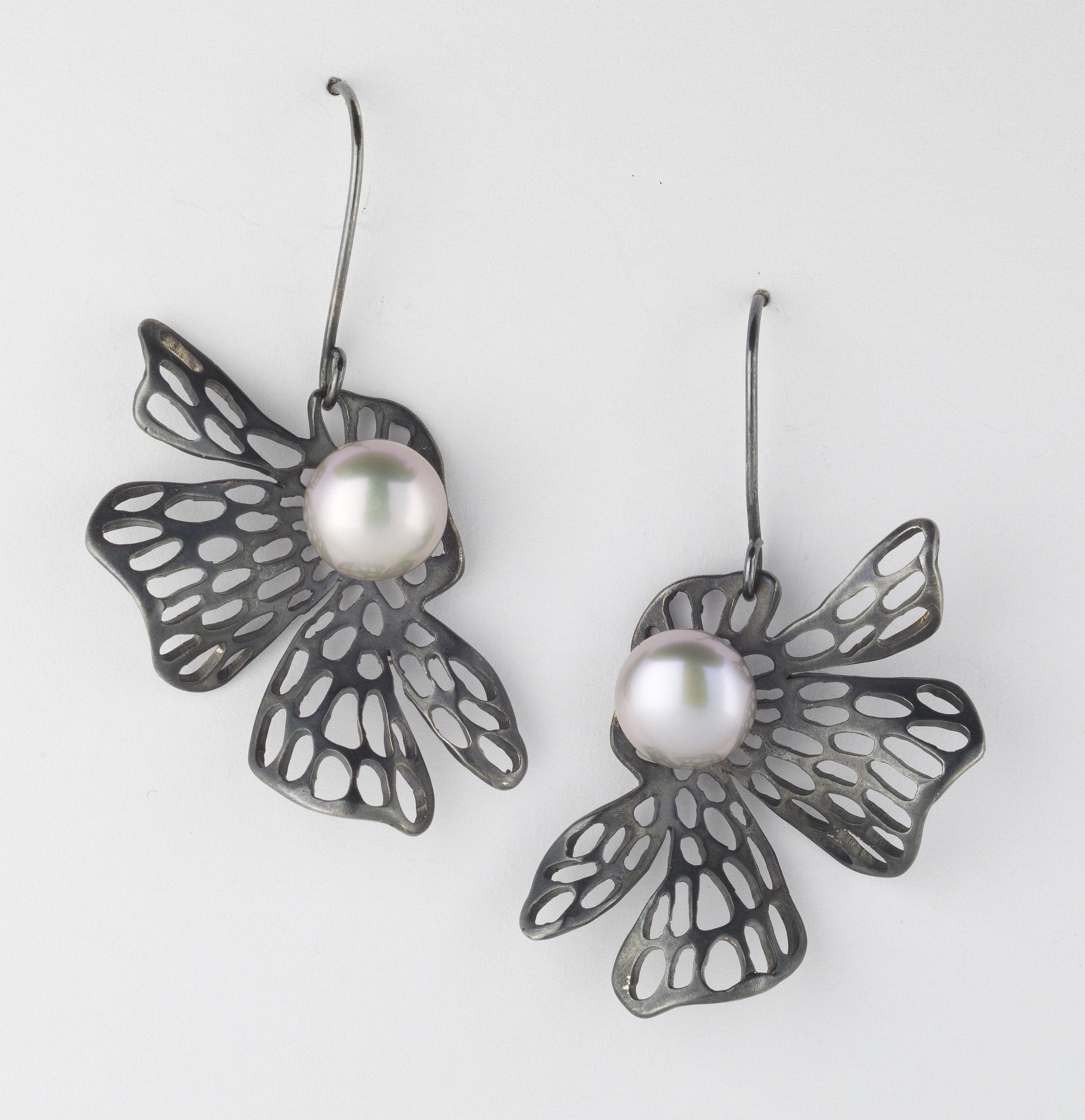 Earrings 5.jpg