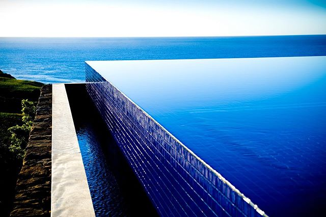 Last minute August (come and see some of these blues) . . August 9-11 $2800  and August 23-25. $2900. . . Book quick at our website - link in bio. . Blue on blue at Ocean Farm 💙💙 💙⠀ ⠀ #infinityedge #infinitypool #timeforadip #sunsout #poolside #poolwithaview #tryandstopme #jumpin #pooltime #poolstyle #cannonballs #oceanfarm #southcoastholidays #southcoastgetaway #southcoastnsw #nswcoast #seachange #holidaystyle #farmlife #farmstyle #luxurystay #luxurytravel #southcoaststyle⠀