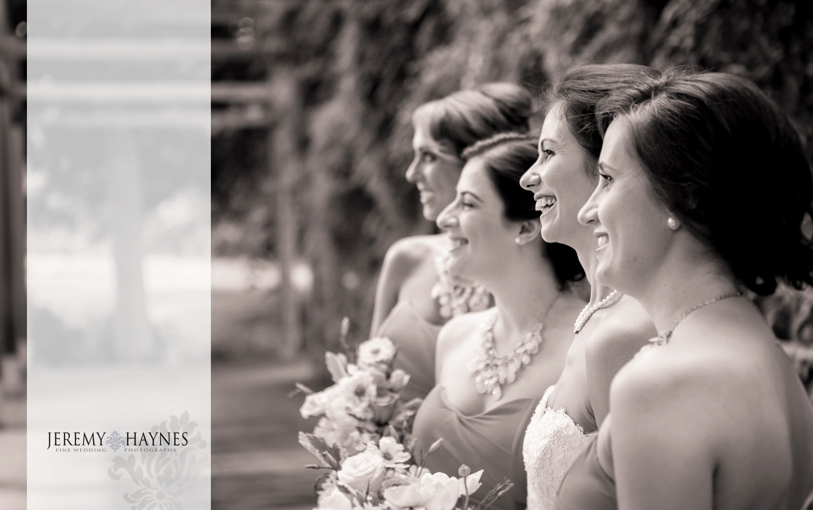 16 Indianapolis Art Center Indianapolis, IN Wedding Bridal Party Outside Photos.jpg
