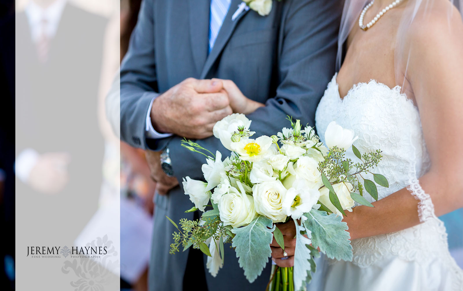 22 Indianapolis Art Center Indianapolis, IN Father of the Bride Wedding Ceremony Pictures.jpg