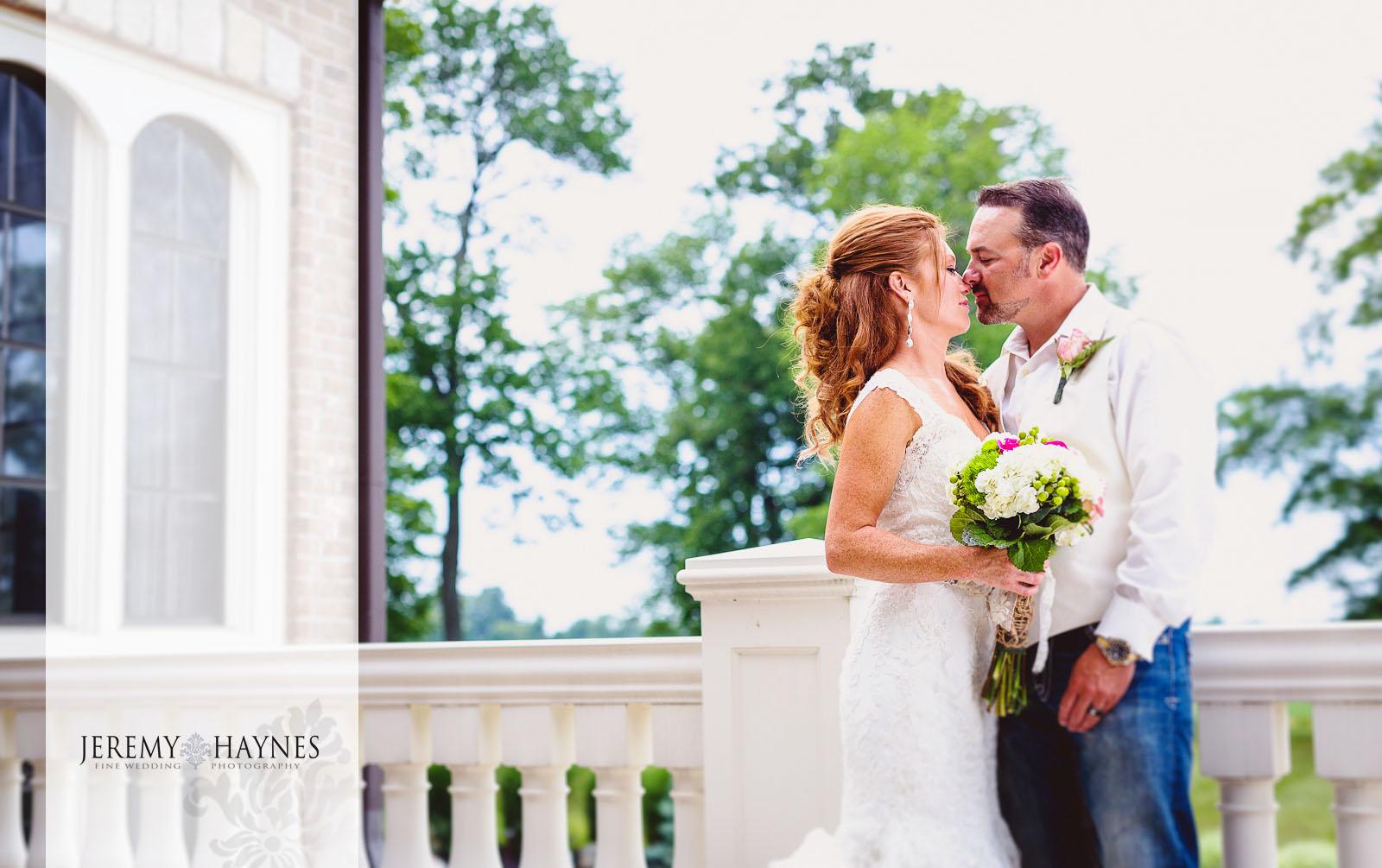 28-new-castle-indiana-wedding-photographer.jpg