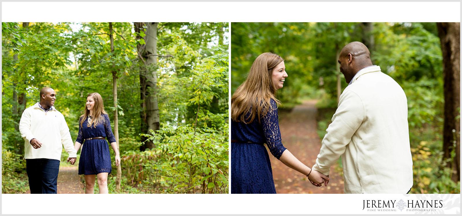 01-indiana-university-campus-dunn's-woods-bloomington-engagement-photos.jpg