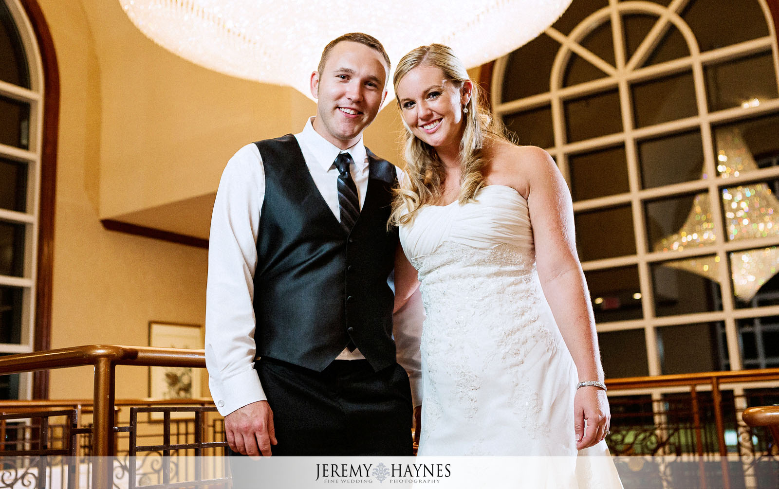 30-community-life-center-indianapolis-wedding-photographers-reception-court-yard-couple-pictures.jpg