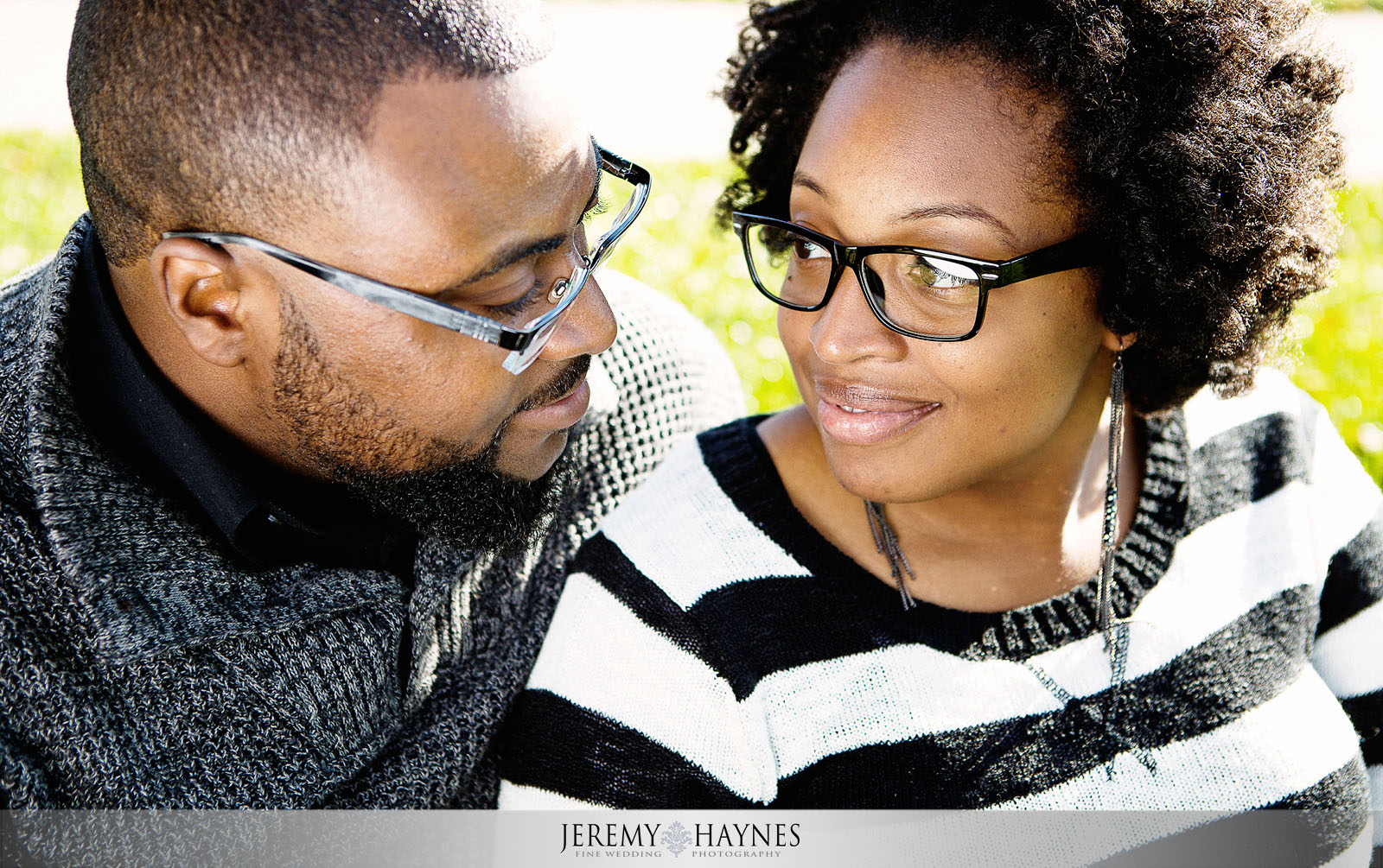 11-white-river-gardens-downtown-indiana-central-canal-indianapolis-engagement-photography.jpg
