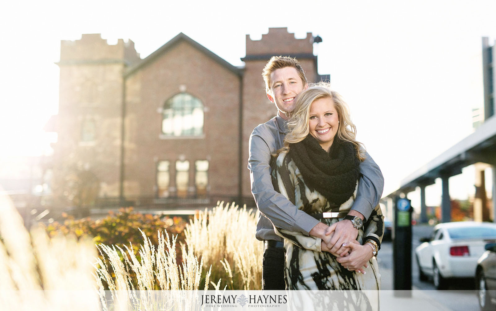 02-romantic-downtown-indiana-central-canal-indianapolis-engagement-photo-ideas.jpg