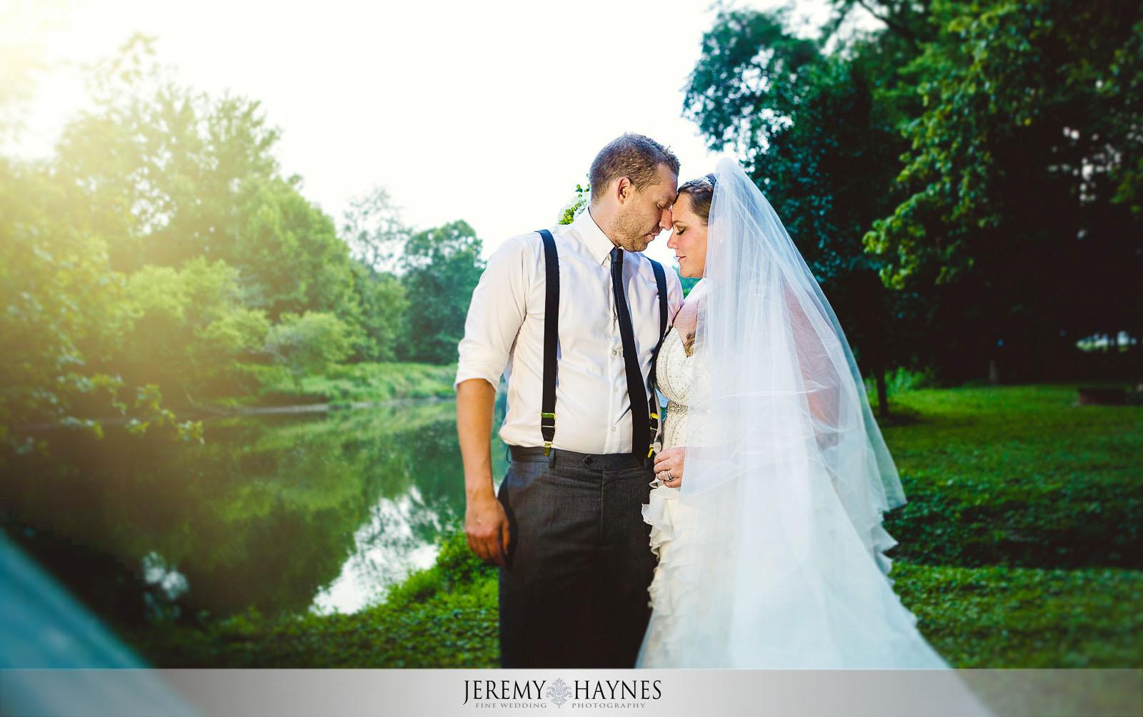 32-diamonds-and-dust-venue-logansport-wedding-photography-bridal-couple-pictures.jpg