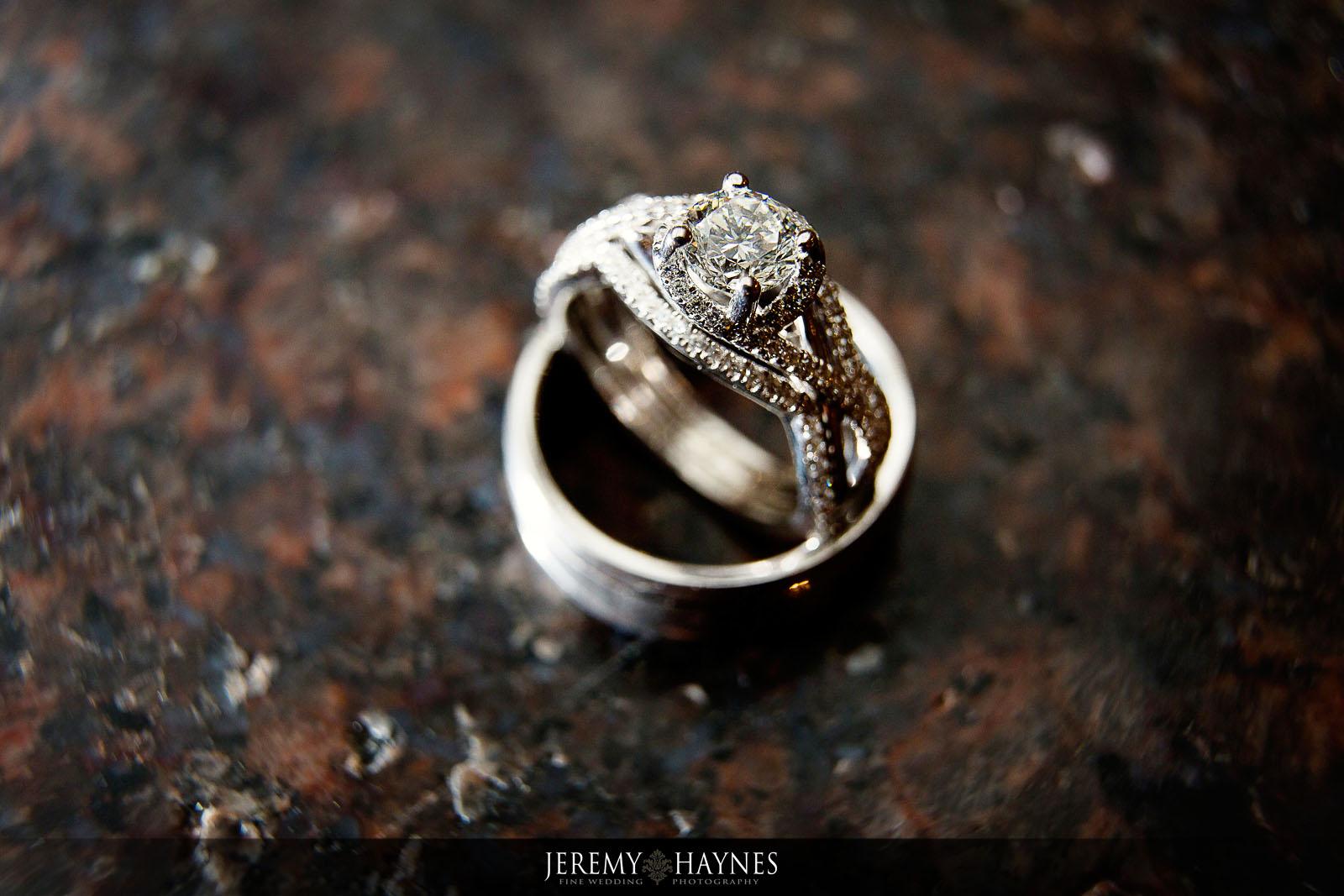 artistic-wedding-rings-jeremy-haynes-photography.jpg