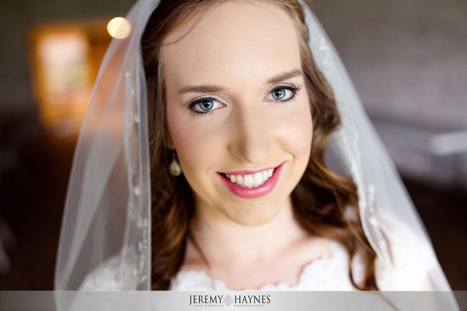 timeless-wedding-pictures-jeremy-haynes-photography-st-elizabeth-ann-seton-catholic-church.jpg