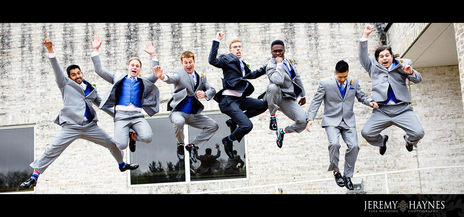 creative-jumping-wedding-party-group-pictures-jeremy-haynes-photographyindianapolis.jpg
