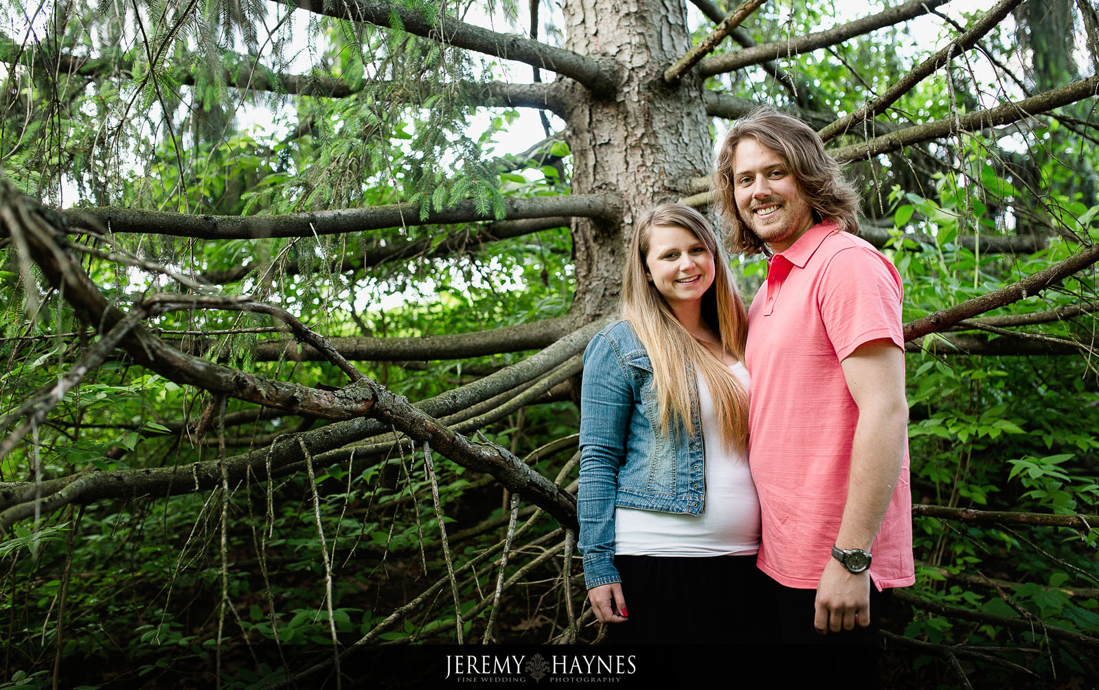 outdoor-engagement-pictures-fort-harrison-state-park.jpg