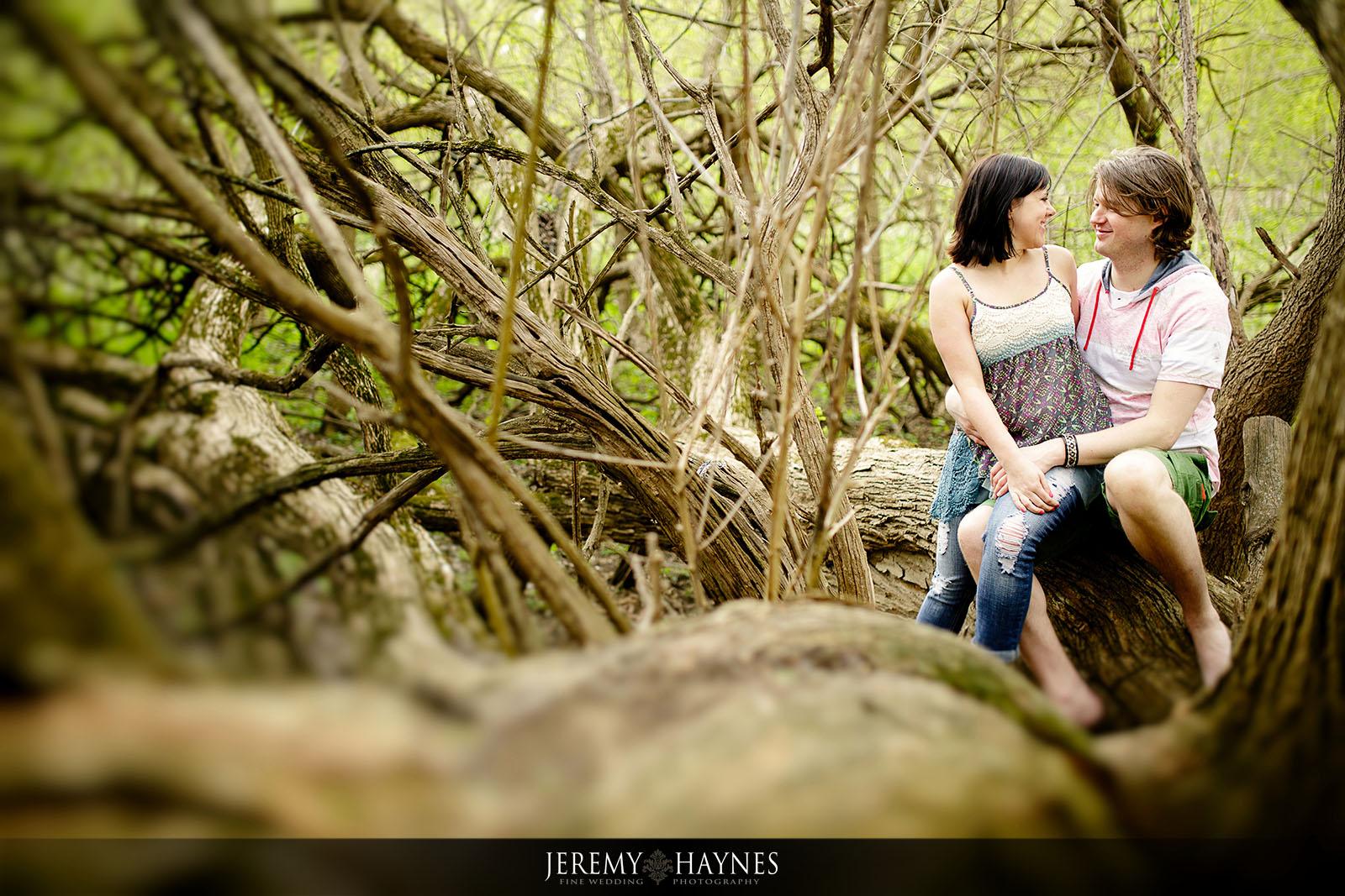 beautiful-potters-bridge-park-engagement-pictures-jeremy-haynes-photography.jpg