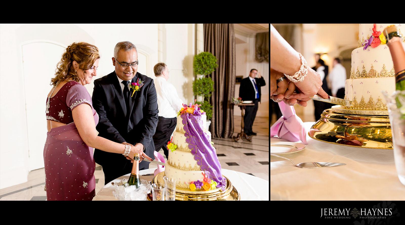 columbia-circle-wedding-cake.jpg