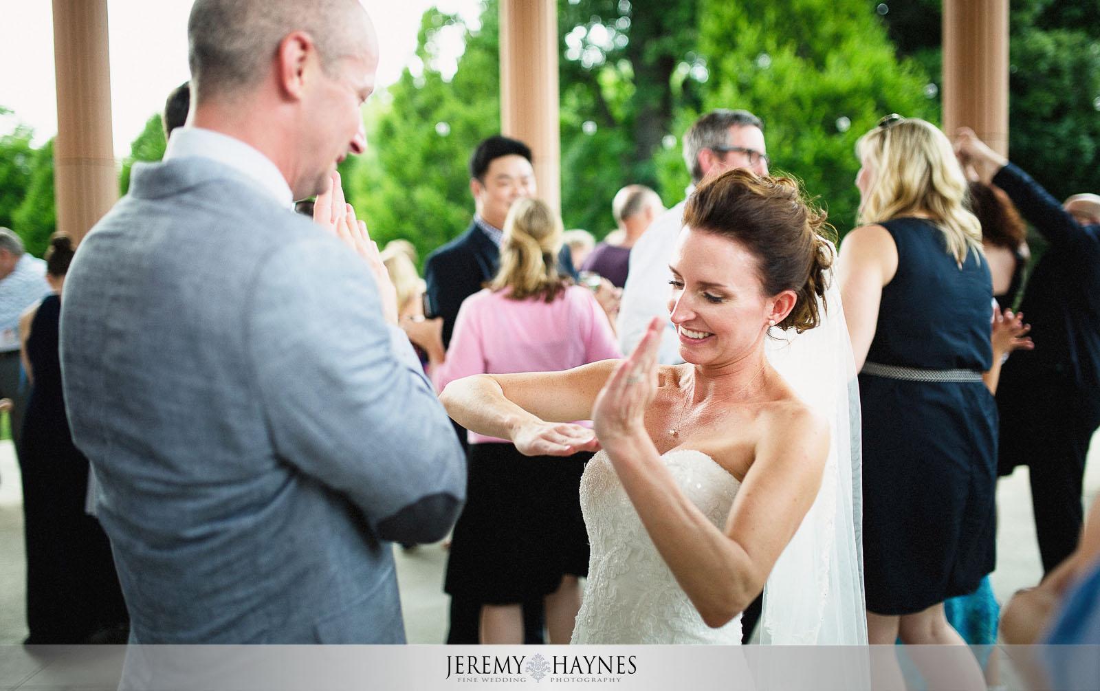 fun-dancing-photos