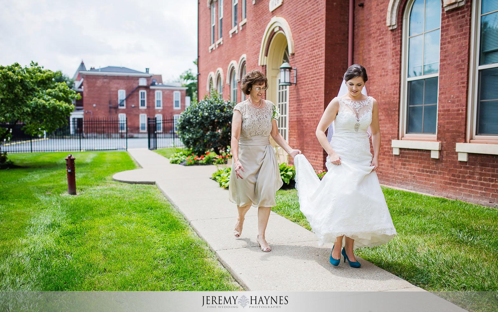 st-louis-bertrand-catholic-church-wedding-8.jpg