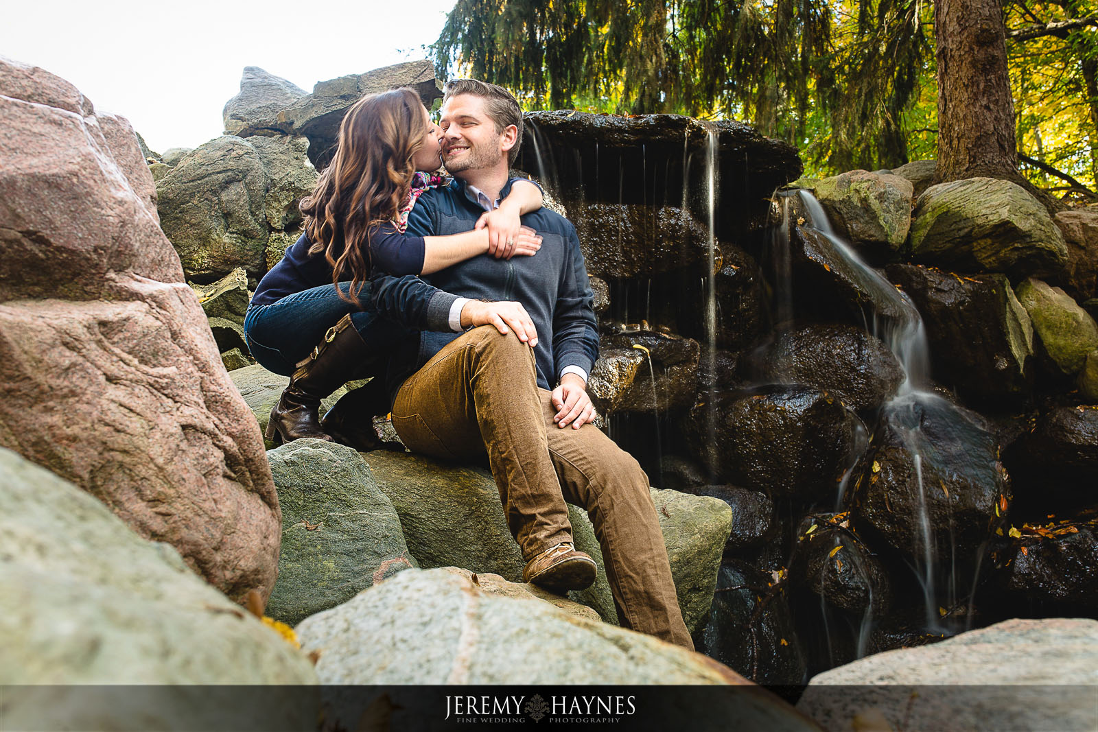 best-indianapolis-engagement-pictures