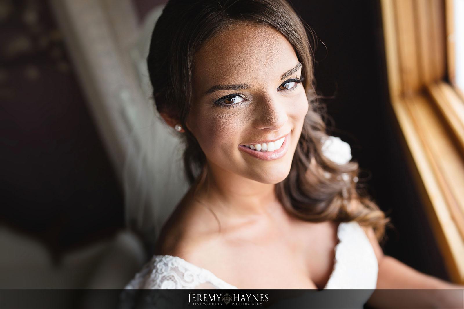 stunning-bride-avon-wedding-photos