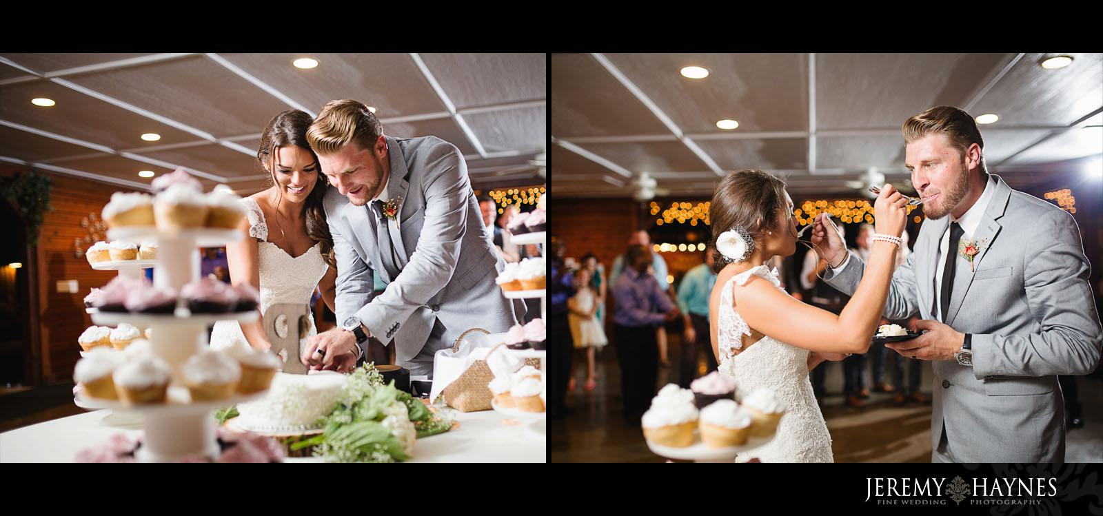 wedding-cake-avon-gardens