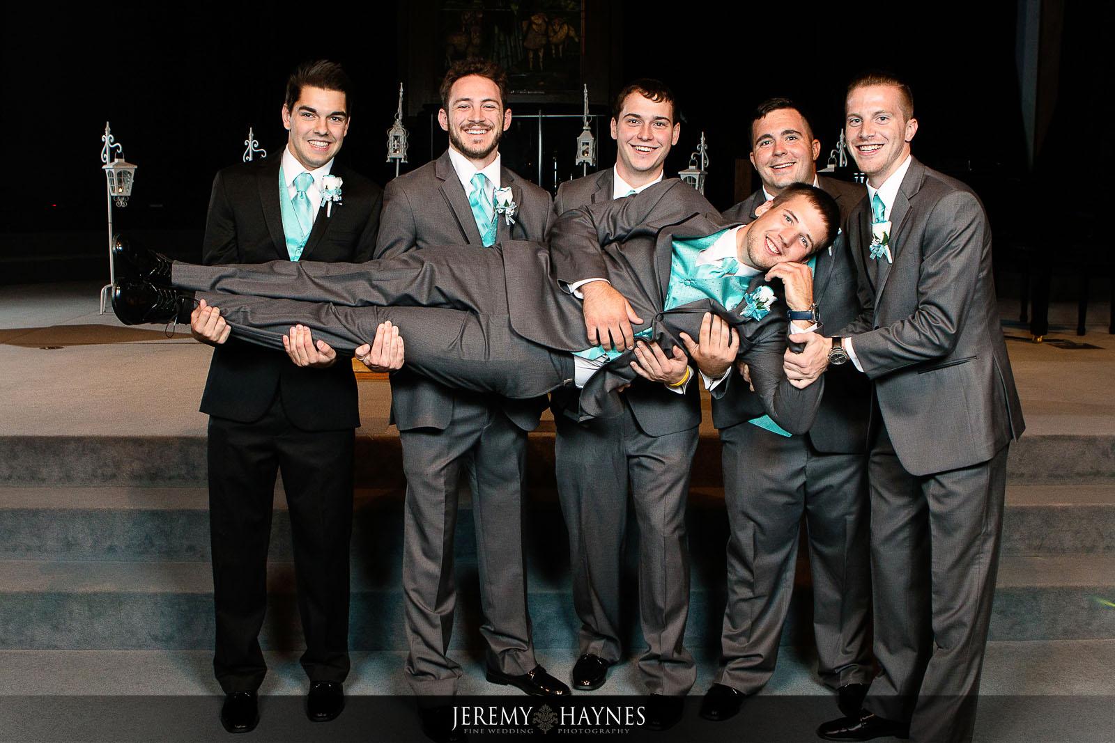 fun-anderson-wedding-photos
