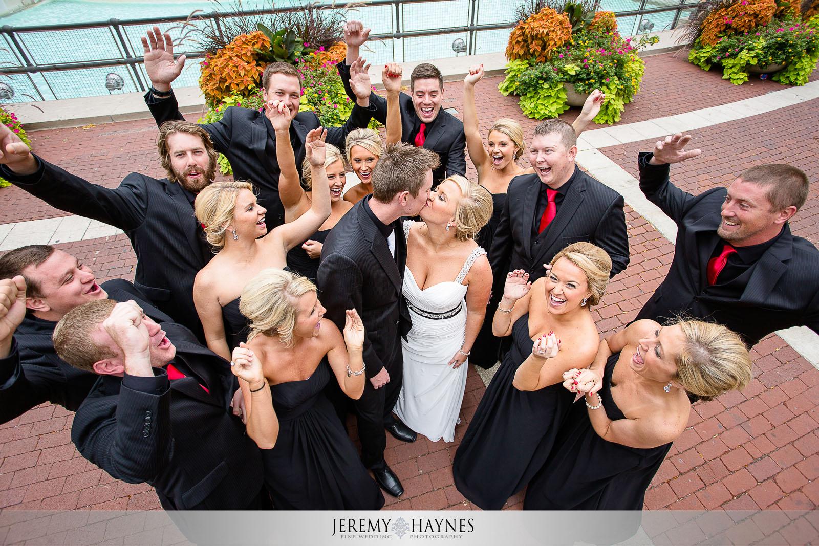 fun-indianapolis-wedding-party-photos