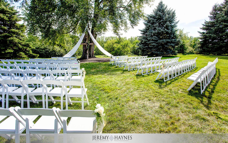 colorful-wedding-ceremony-venue-mustard-seed-gardens.jpg