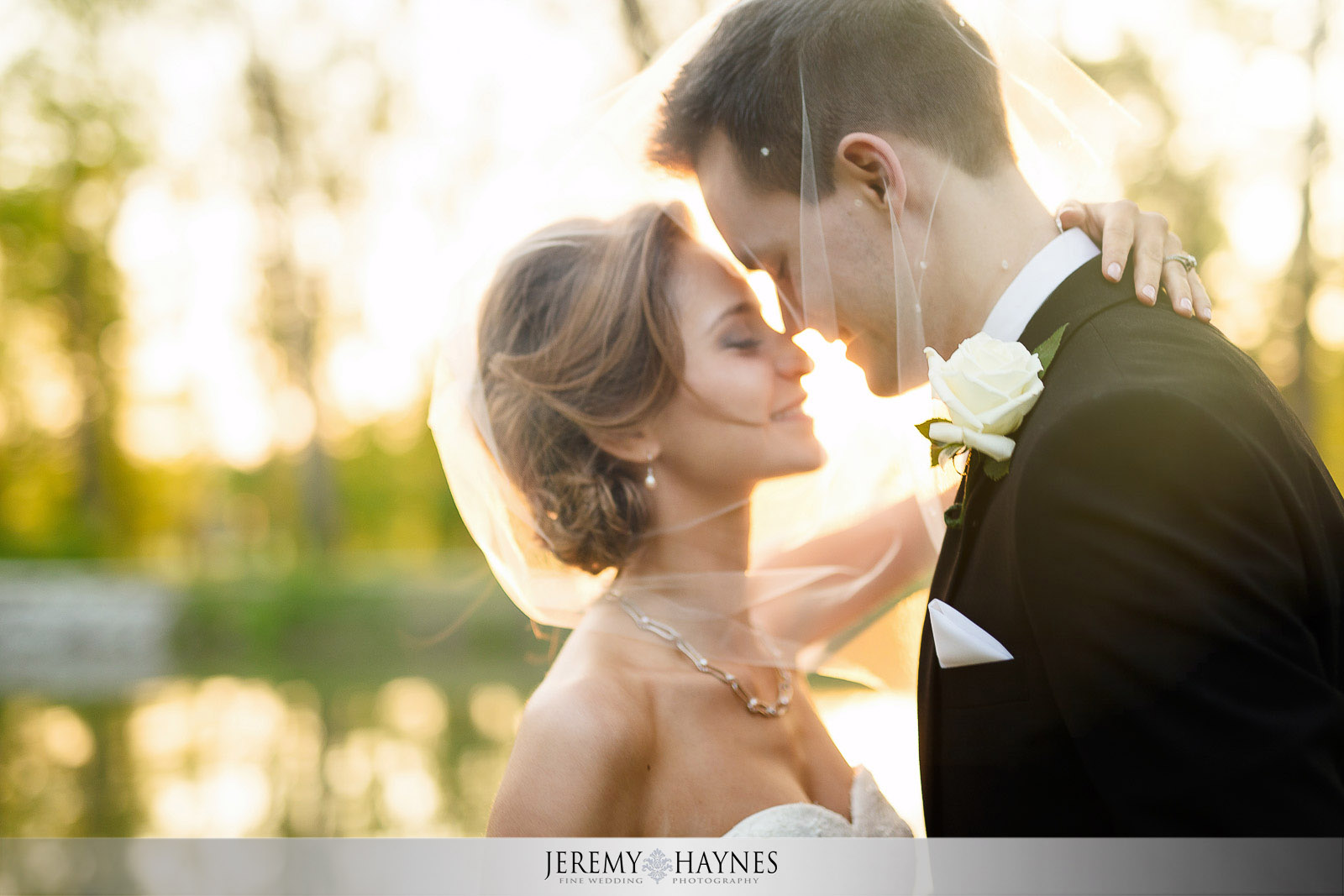 timeless-wedding-couple-photos.jpg