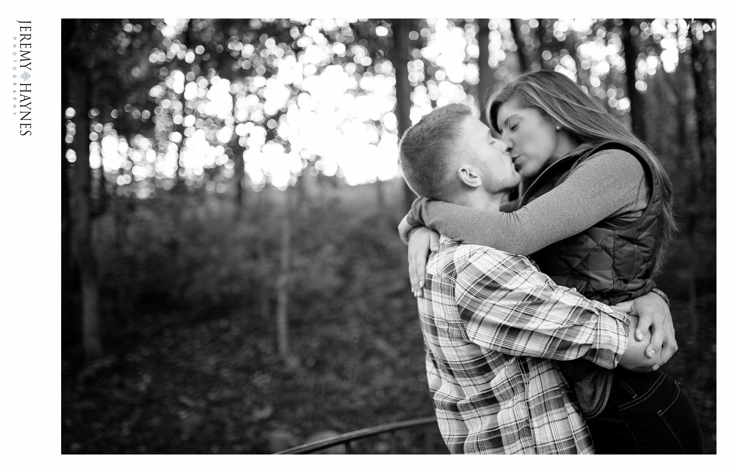 timeless-indianapolis-engagement-pictures.jpg