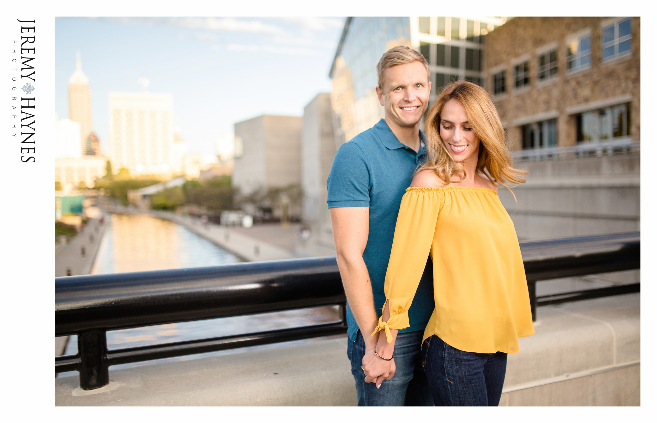 beautiful-indianapolis-canal-engagement.jpg