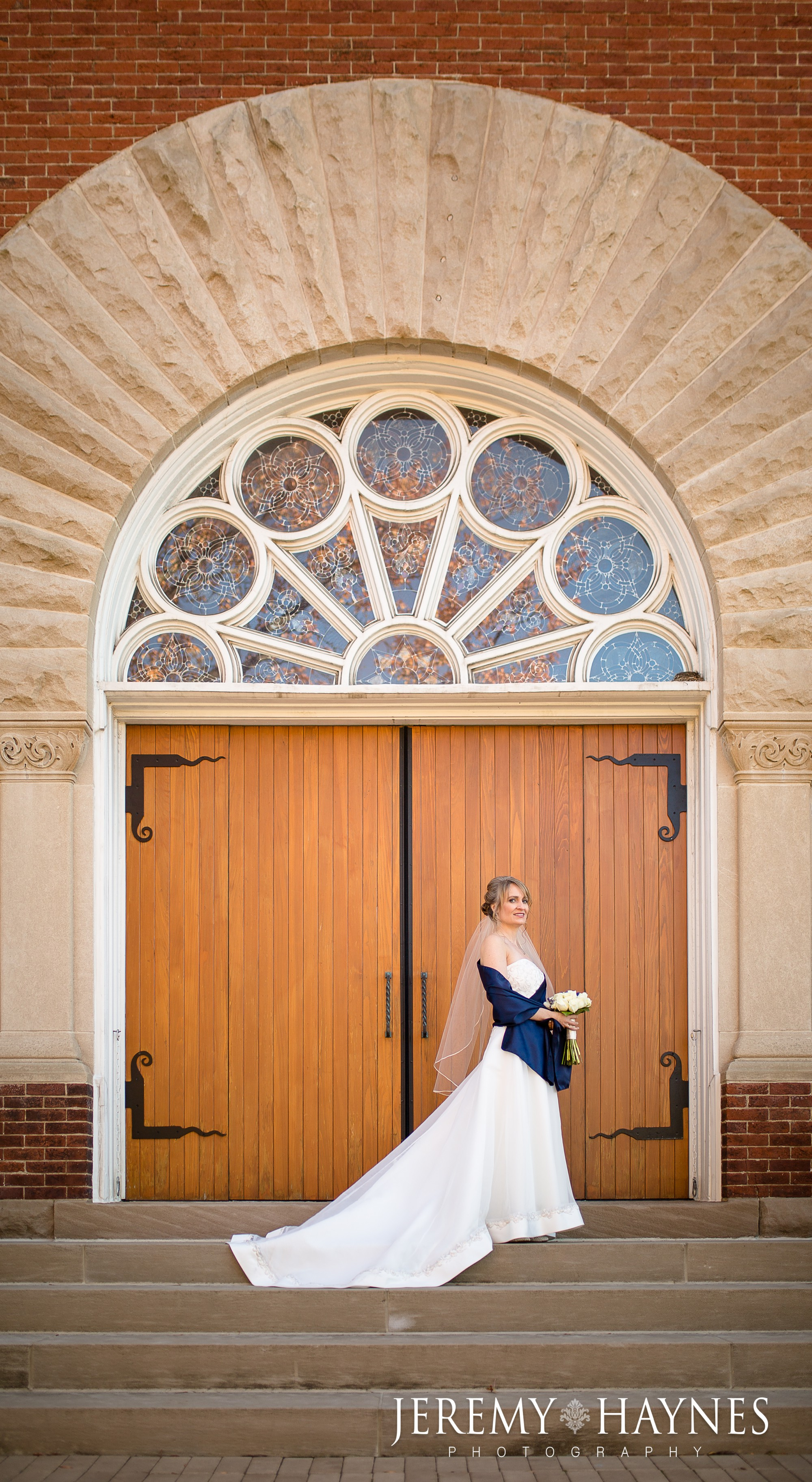 beautiful-bride-indiana-landmarks-center.jpg