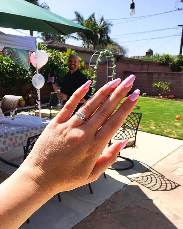 We've been engaged for one week! 💕💍 I added more pics and videos of our engagement to my story! Love you @anthonybarro 😘 #TimeToStartWeddingPlanning