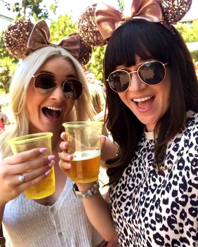 Wishing my sisterfriend was still here! 💕 Throwing it back to our @disneyland day a couple weeks ago when she was visiting California! @helllokrystal #ColdBeersAndMinnieEars  ___ Do you have a favorite spot to grab a beer in DCA? 🍻