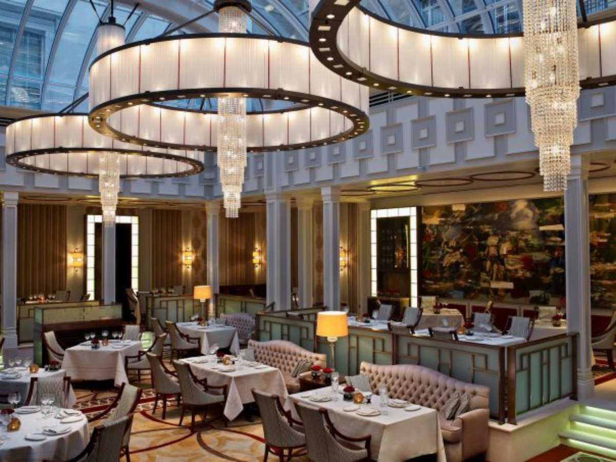 5. The Lanesborough, a St. Regis Hotel: $674 por noite