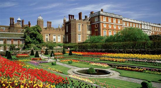@Hampton Court Palace