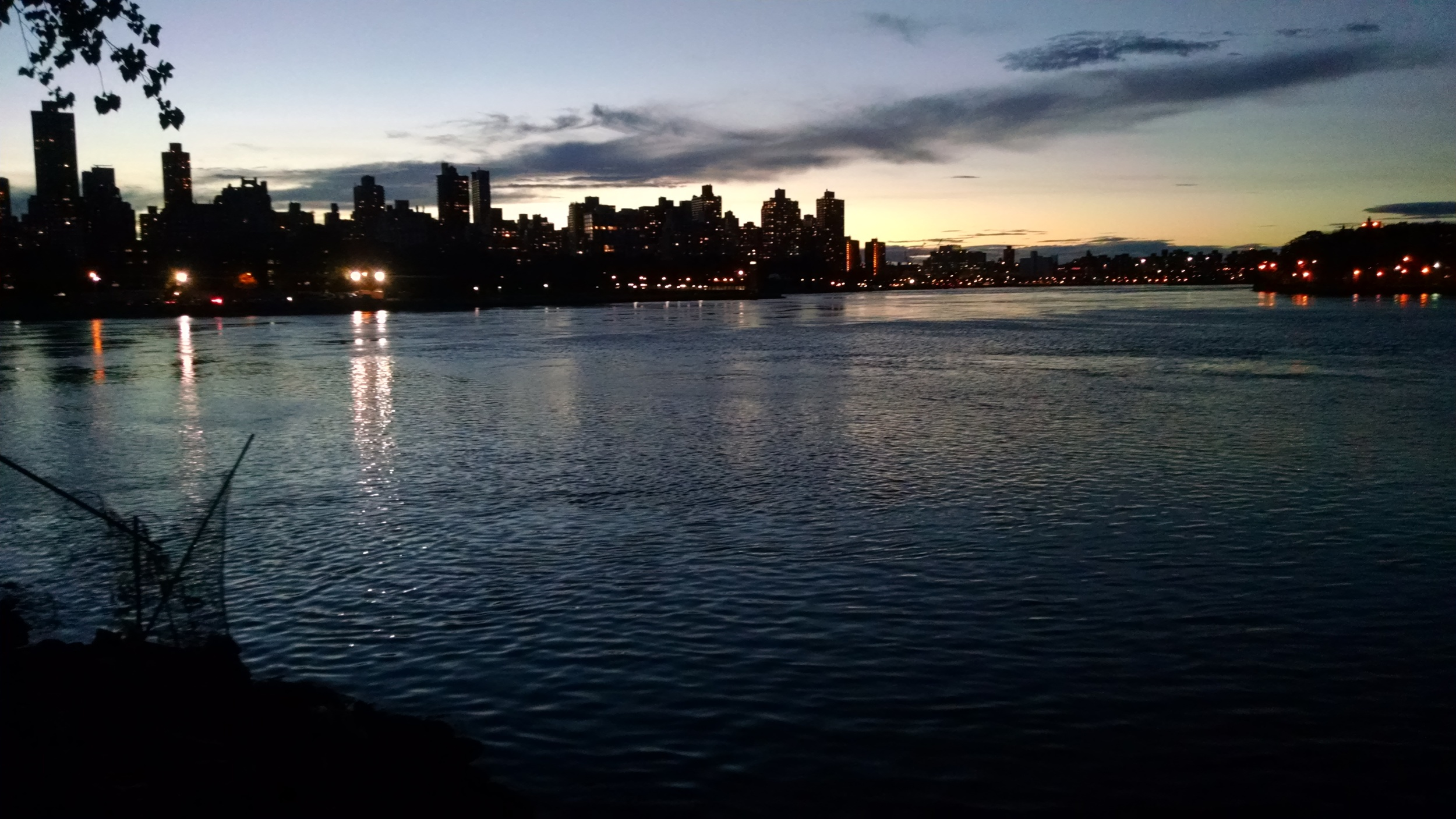 Epic Sunsets on the East River over Roosevelt Island