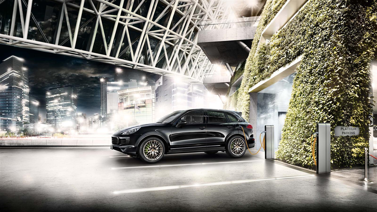 Porsche-Cayenne-S-E-Hybrid-Platinum-Edition-Charge.jpg