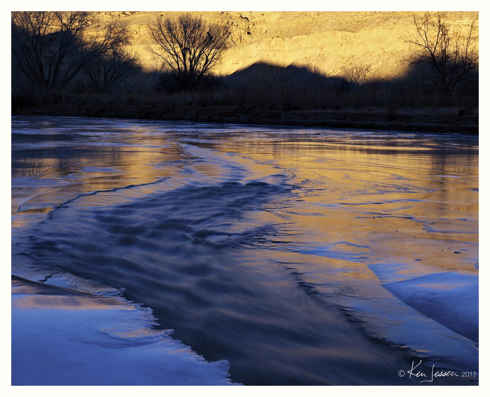 Frozen River, Gold Light