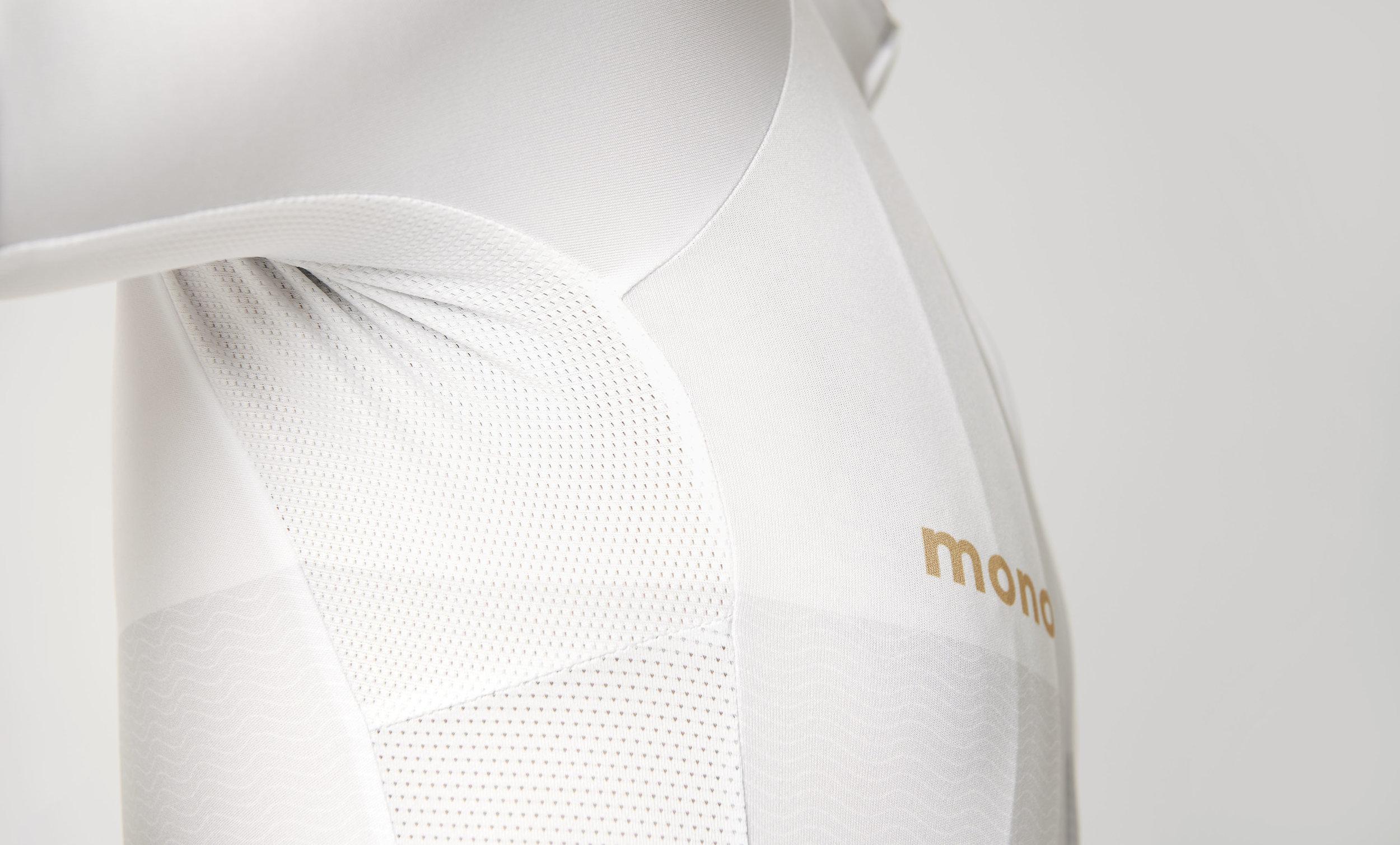 MBS_mono_STUDIO_420.jpg