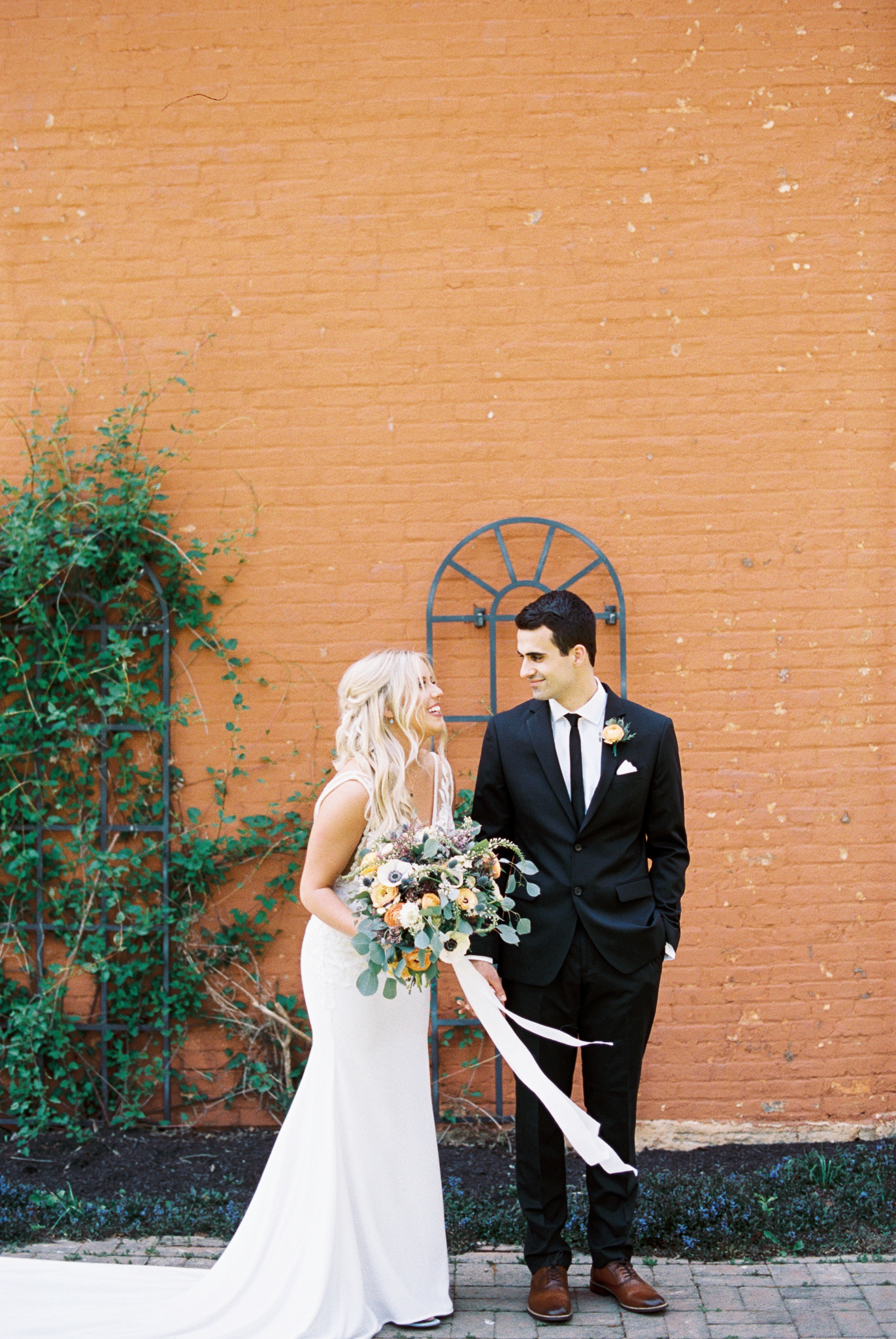 Dayton_CIncinnati_Film_Wedding_Portrait_Photographer-25.jpg